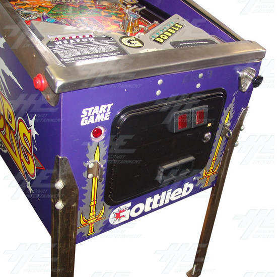 Gladiators Pinball Machine (1993) - Front Panel